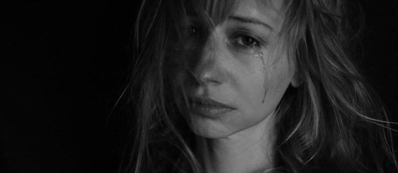 Виктория Wenn Mitarbeiter weinen (c) Бородинова auf Pixabay